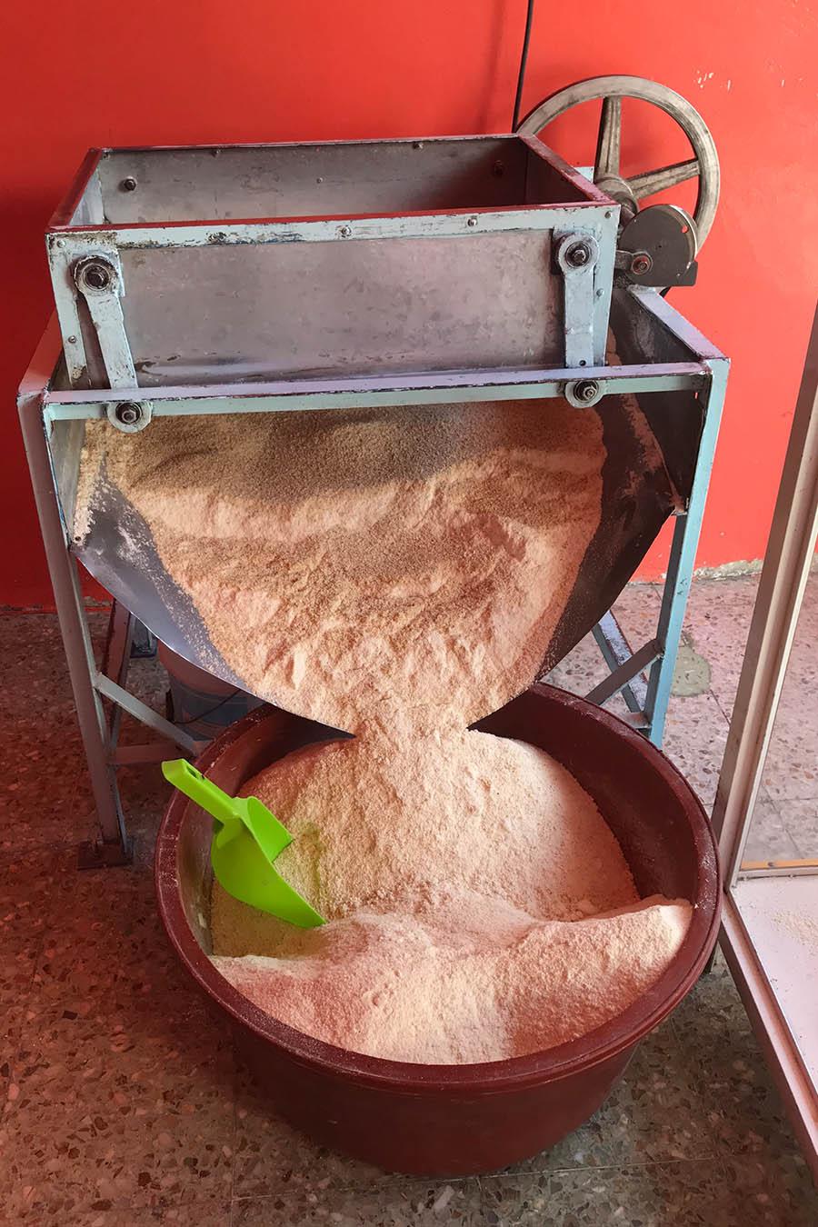 harina de maiz harina natural corn flour harina de maiz nixtamalizado harina fresca harina para tamal